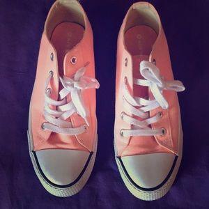 Pink Airwalk Tennis Shoes